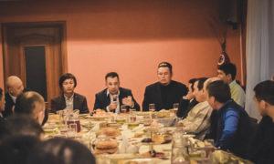 Встреча Почетного консула Киргизии в г. Южно – Сахалинск В.А. Трофимова с представителями местной киргизской диаспоры